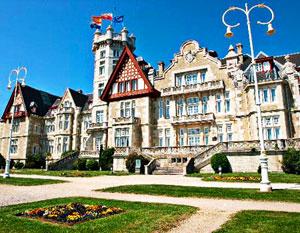 ����������� ������ ��-��������� (Real Palacio de La Mag ...